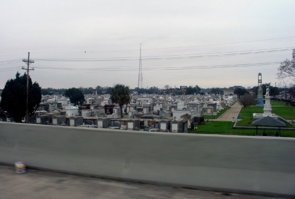 new-orleans-from-cab-window-4.jpg